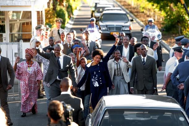 Mercedes-Benz als Partner bei dem Film: ?Mandela: Der lange Weg zur Freiheit?