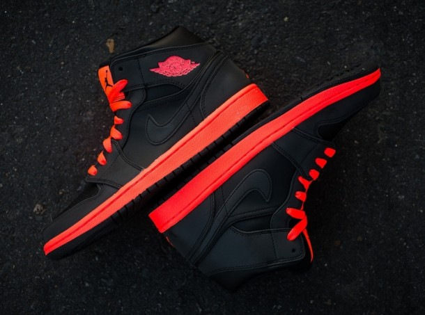 "Die coolsten Sneaker 2014 – Air Jordan 1 Mid ""Infrared 23? (+English version)"