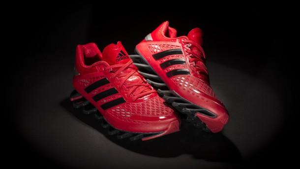 Die besten Laufschuhe 2014 – Adidas Springblade Razor Light Scarlet Black-Metallic Silver