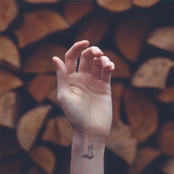 Tiny_Tattoos_02